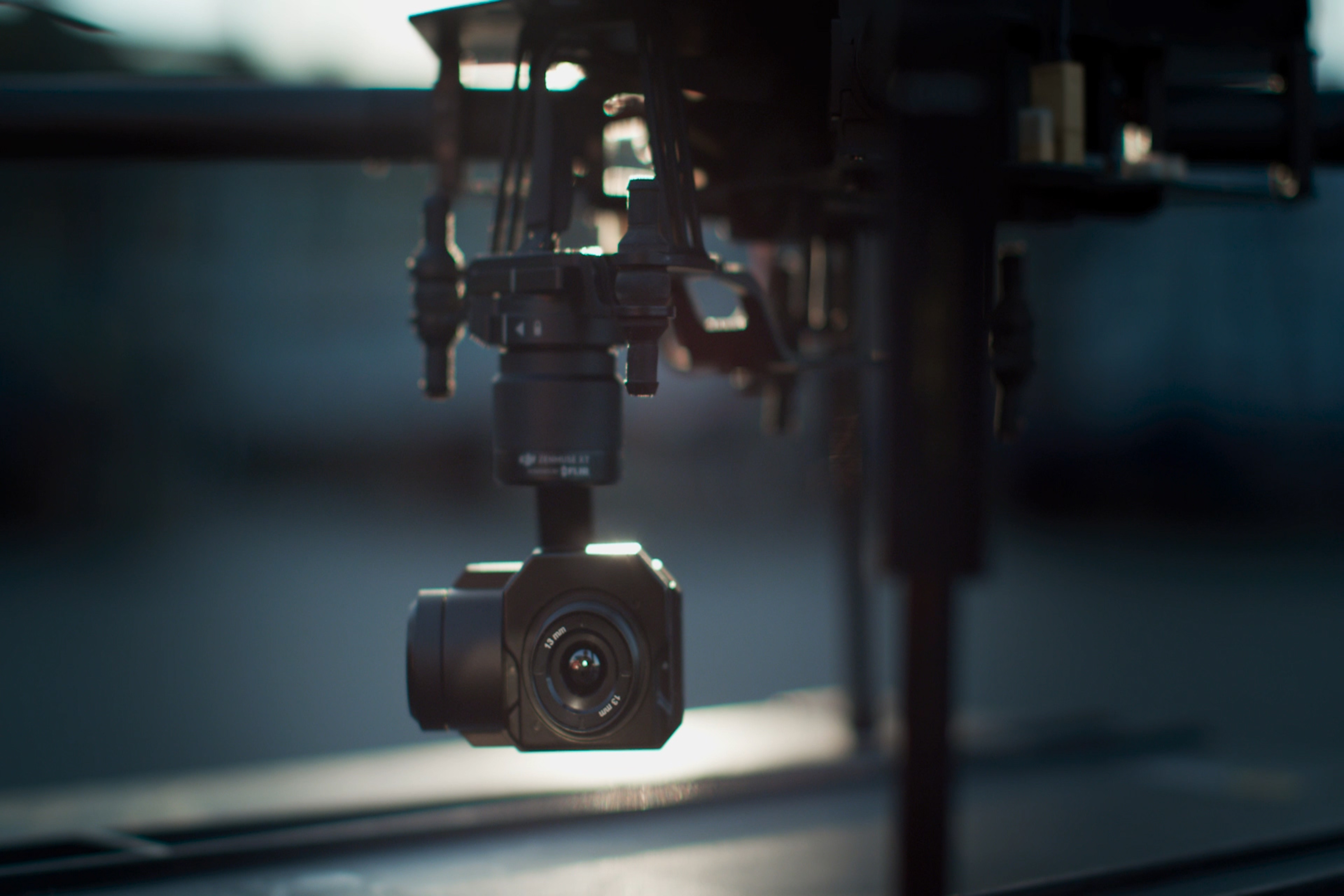 Zenmuse XT on drone close-up (1)-1