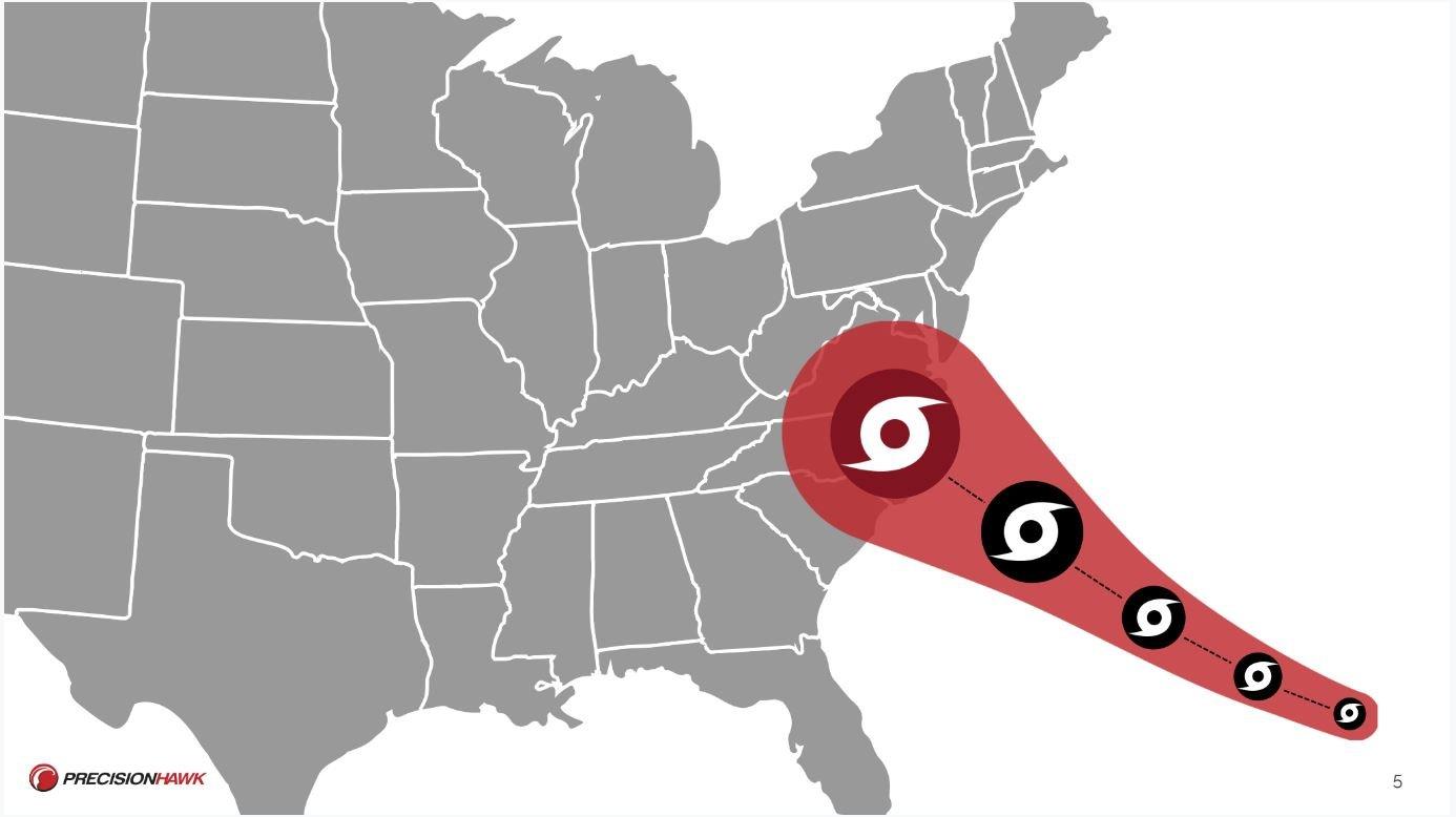 hurricane_approaching_land